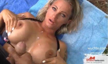 blonde sperma auf ihre titten